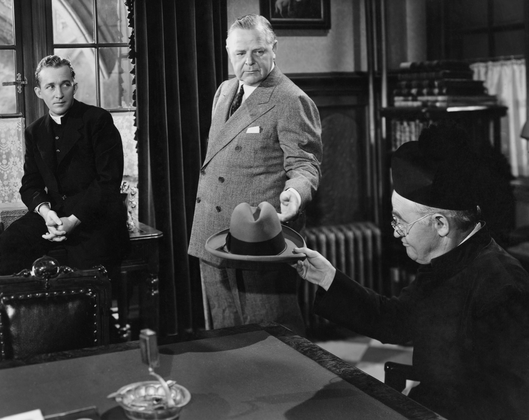 bing crosby, gene lockhart & barry fitzgerald - going my way 1944