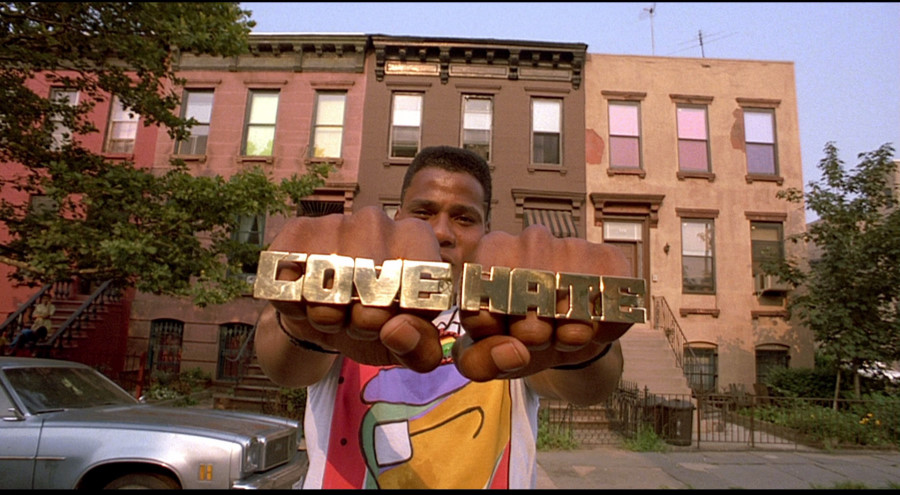 "the struggles of the black population in the film do the right thing by spike lee The film, ""do the right thing"", director spike lee specifically made this film to set on the hottest day of the year on one block in brooklyn, ny."